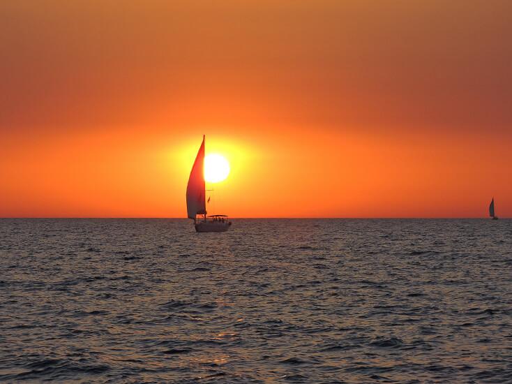 הפלגה במרינה הרצליה